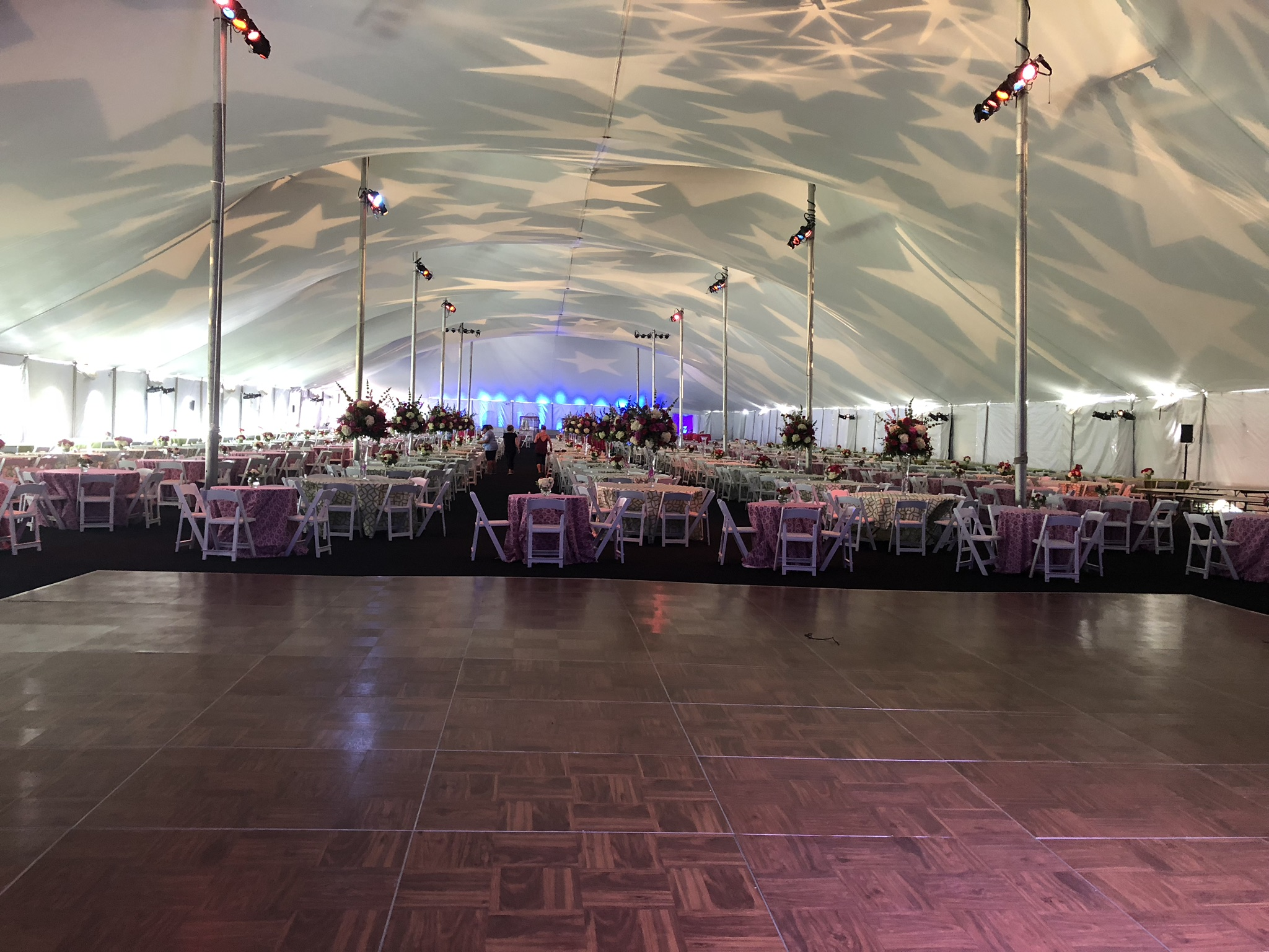 Anthony_Party_Rentals_Dance_Floor_Pole_Tent
